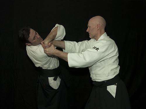Katatedori aihanmi – Shihonage